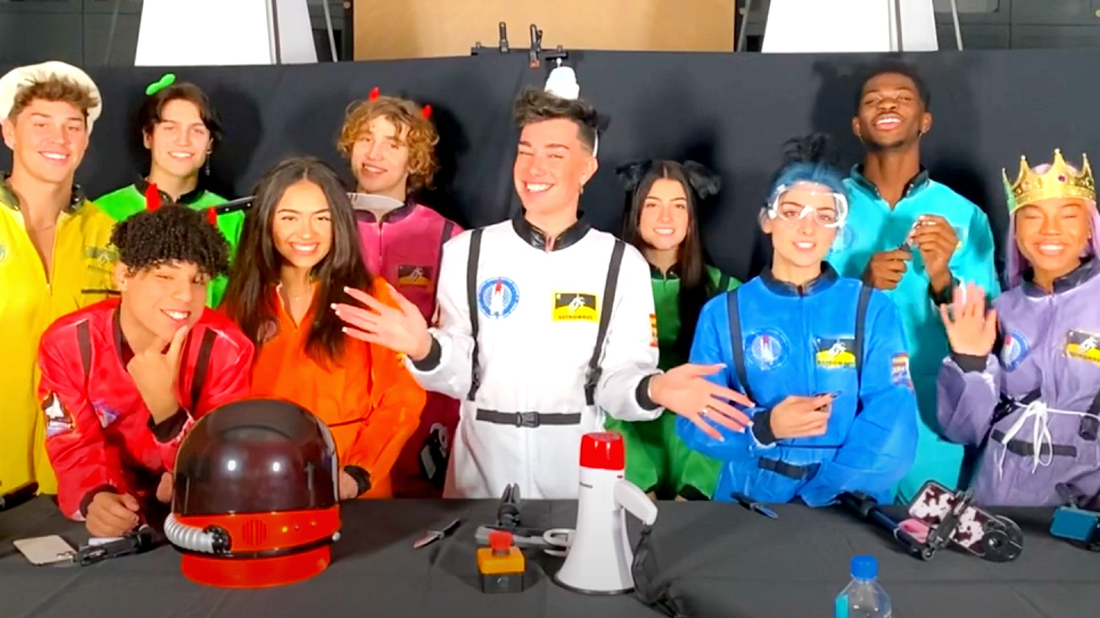 James Charles poses with other social media stars in Among Us inspired costumes