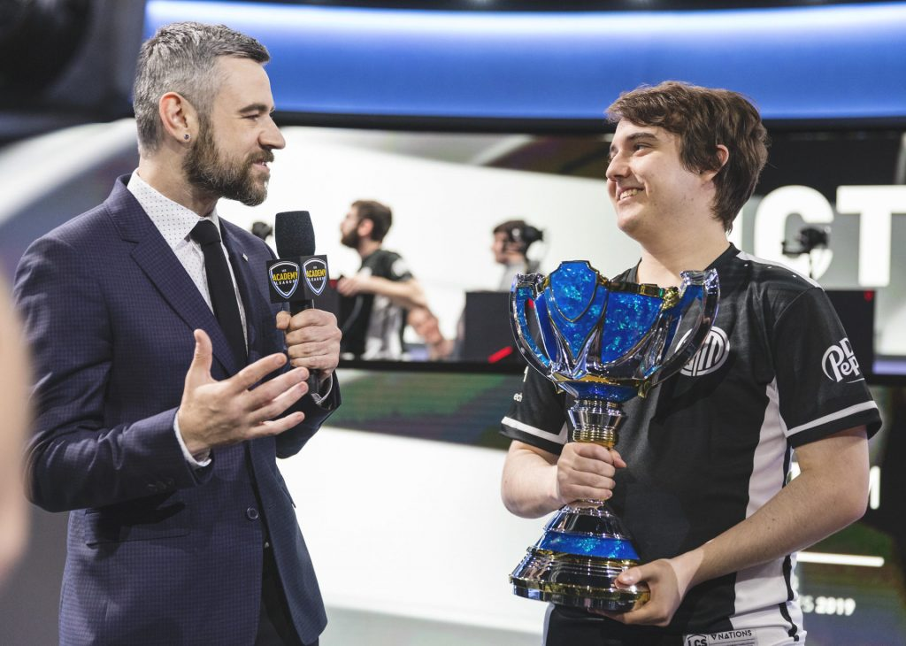 Ablazeolive playing for TSM Academy in LCS 2019
